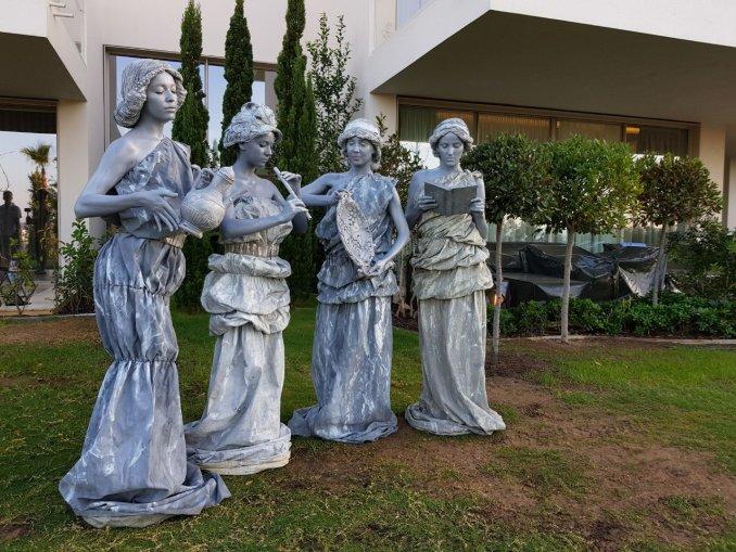 осборн картинки живые статуи библии