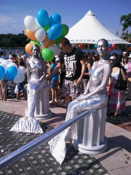 статуи русалок