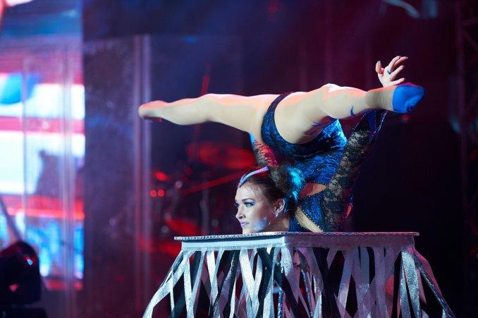 Show Flexibility