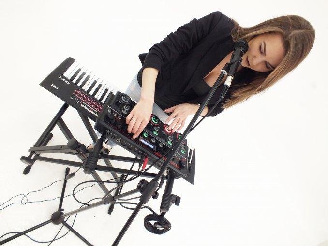 Катя Блаженко / певица /live looping артист