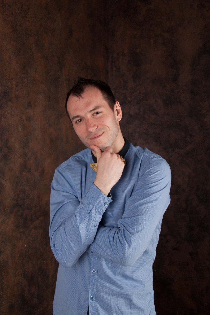 Ведущий Алексей Габалов