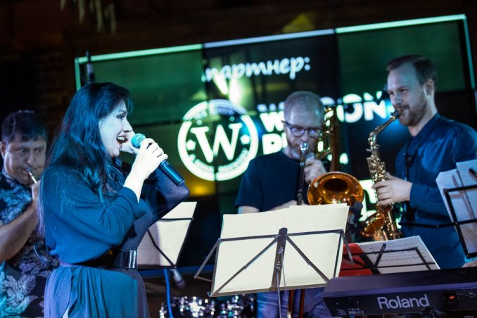 Wilson Pub. Концерт Funky Point Band