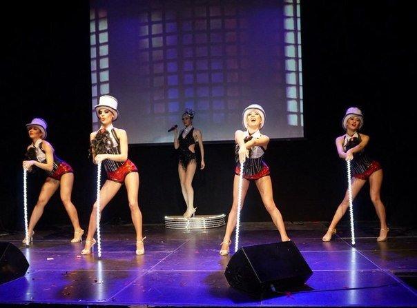 Шоу 5 МУЗ, Show 5 Muses, Живой вокал, танцевальное шоу