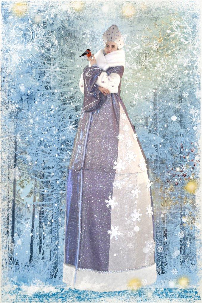 Дед Мороз и Снегурочка на ходулях