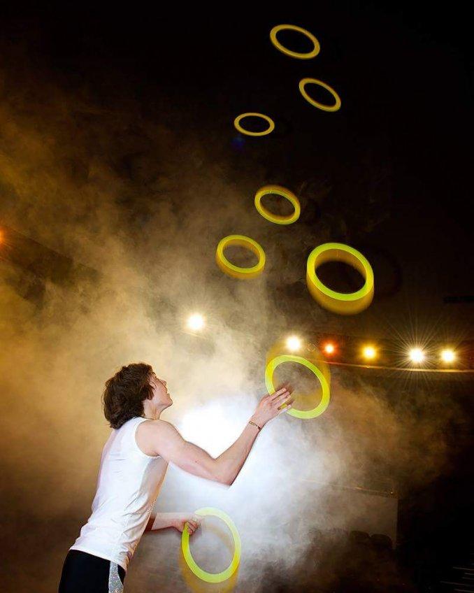 Соло жонглер