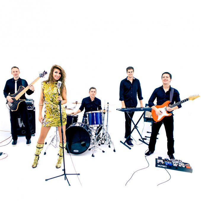 Кавер-группа Billboard