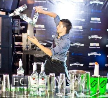 Александр Штифанов - бармен шоу