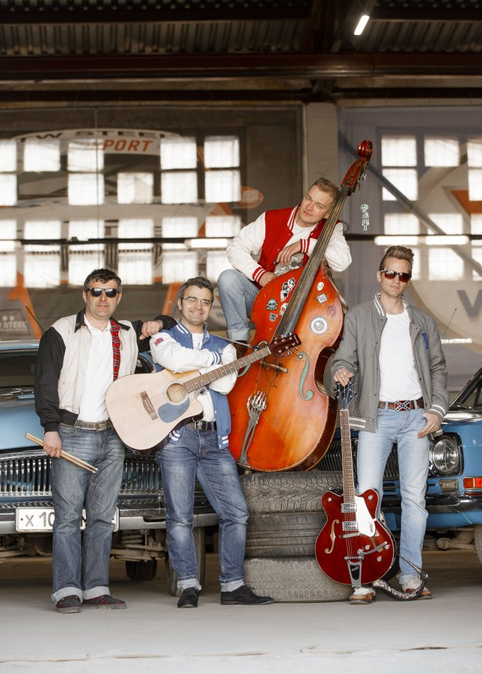Diddley Dogs - группа рок-н-ролл, рокабилли и кантри