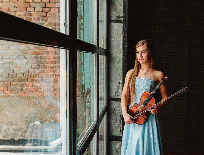 Скрипка на торжество