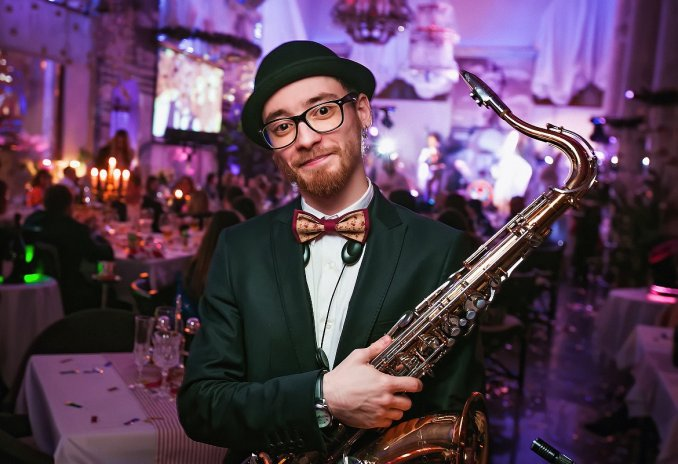 Саксофонист-кларнетист Белослудцев Яков