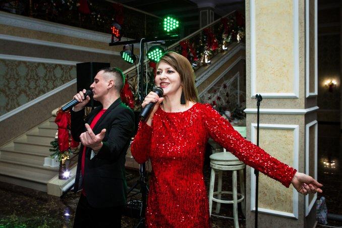 Сергей Брюханов живой вокал музыкант ведущий и DJ на вашем празднике